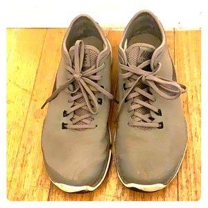 Grey Women's Nike Sneaker sz EU38.5